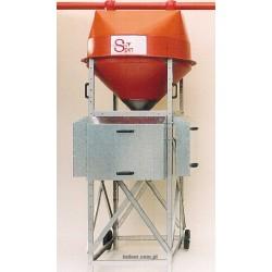 Rozrzutnik paszy z pojemnikami kalibracyjnymi i sterownikiem SPIN